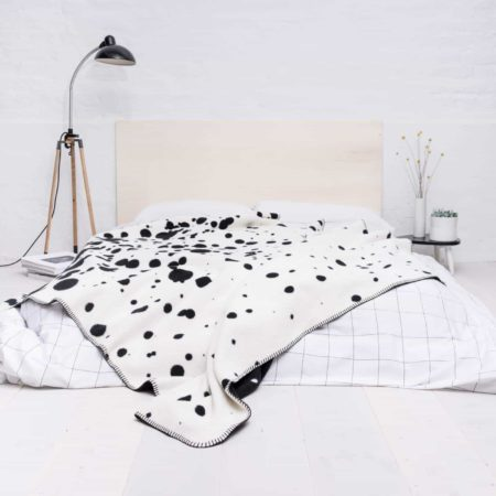 Wohngoldstück_Blanket Nice Nice Nice Freckles