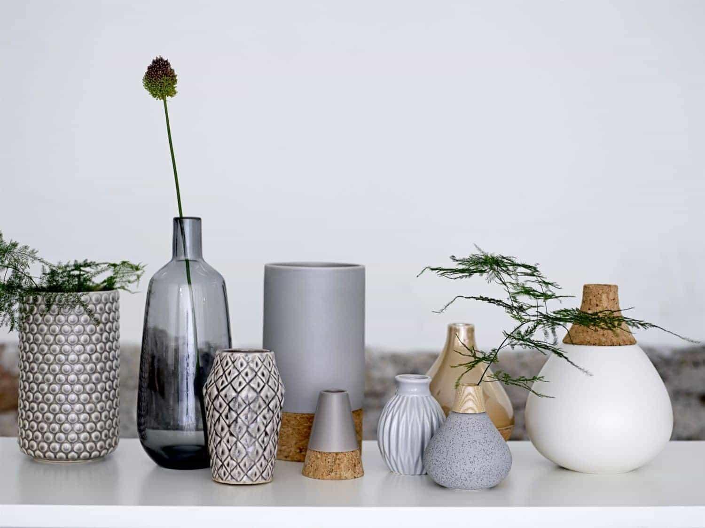 Wohngoldstück_Bloomingville Vase Grau + Weiß Mit Kork + Grau Mit Holz  Wohngoldstück_Bloomingville ...