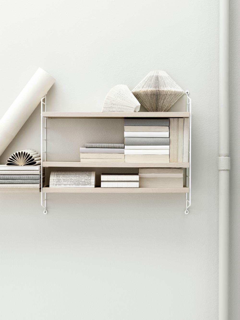pocket wandregal esche wei von string wohngoldst ck. Black Bedroom Furniture Sets. Home Design Ideas