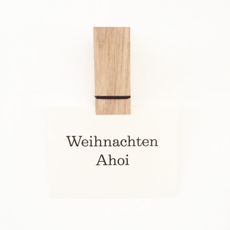 Wohngoldstück_Wohngoldstück_Postkarte Herr Fuchs Weihnachten Ahoi