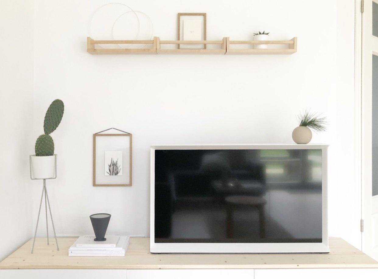 Wohngoldstück_TV Board Scandi Look Samsung Serif TV