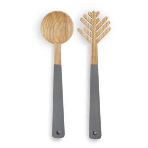 Wohngoldstueck_Namuos Salatbesteck The Pine Needle Grau