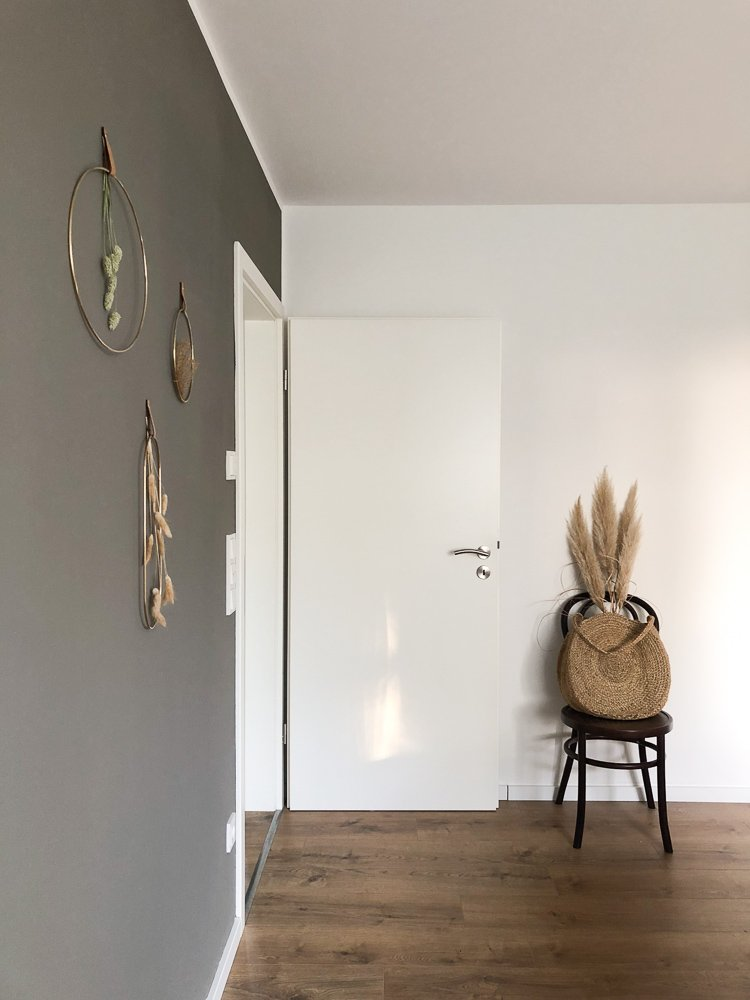 Wohngoldstueck_Wanddekoration Wandhänger Ringe Messing Gräser
