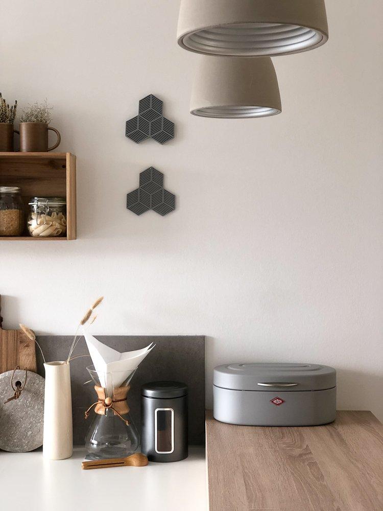 Wohngoldstueck_Küche Aufbewahrung Kaffee Brot Wesco
