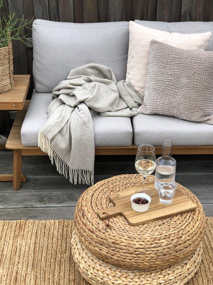 Wohngoldstueck_Vossberg Textilien Sommersalon Gartensofa