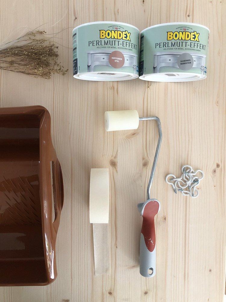 Wohngoldstueck_Wohngoldstueck_Bondex Perlmutt Farbe Holzplatte Gräser