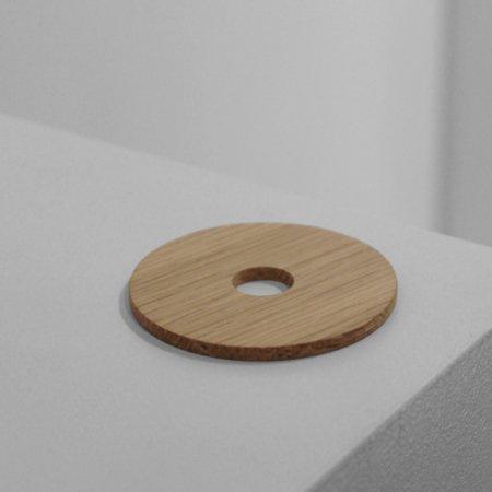 Wohngoldstueck_Stand-Up Donut Eiche ZWEI Design