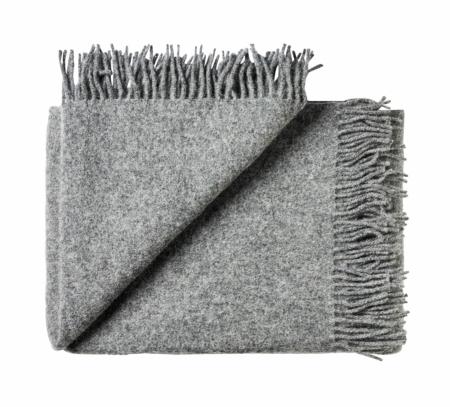 Wohngoldstueck_Silkeborg Uldspinderi Decke Athen Medium Grey